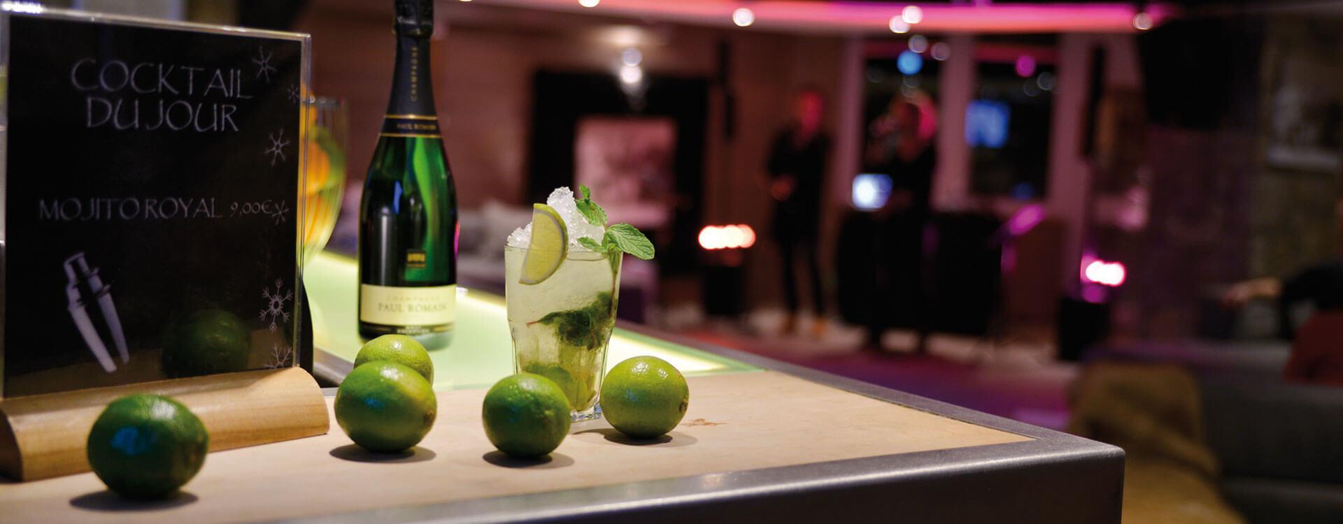 Bar - Hôtel 3 étoiles à La Plagne
